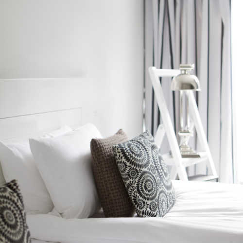 Spacious and elegant hotel room in Helsinki city centre
